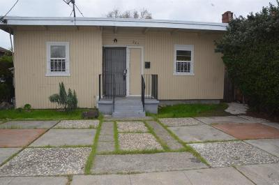 Contra Costa County, Alameda County Single Family Home For Sale: 247 Civic Center Street
