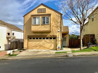 Vallejo Single Family Home For Sale: 547 Jade Circle