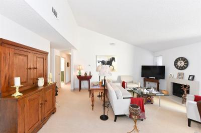 Sonoma Condo/Townhouse For Sale: 225 2nd Street East #22