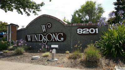 Rohnert Park Condo/Townhouse For Sale: 8201 Camino Colegio Avenue #21