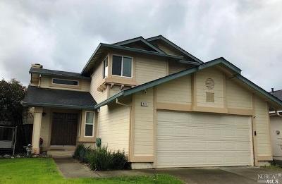 Fairfield Single Family Home For Sale: 613 Barrington Court