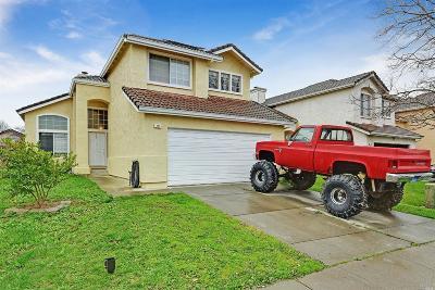 Suisun City Single Family Home For Sale: 420 Bauman Drive