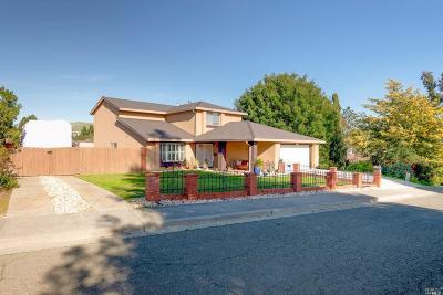 Vallejo Single Family Home For Sale: 198 Malaga Street