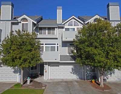Santa Rosa Condo/Townhouse For Sale: 2041 Stonefield Lane