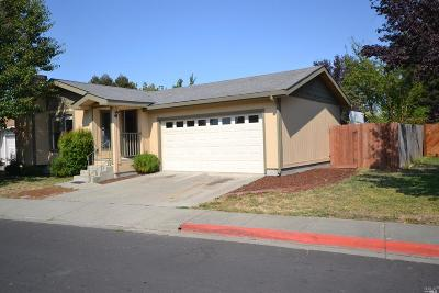 American Canyon Single Family Home For Sale: 228 Pinecreek Lane
