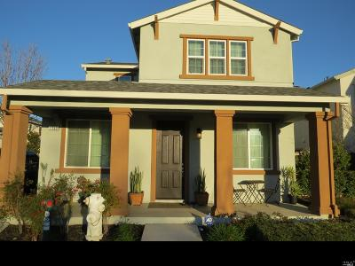 Suisun City Single Family Home For Sale: 1133 Strawberry Lane