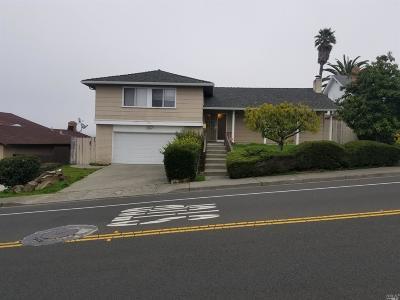 Vallejo Single Family Home For Sale: 338 Skyline Drive