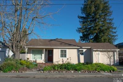 Santa Rosa Single Family Home For Sale: 937 Georgia Street
