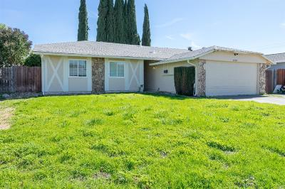 Vacaville Single Family Home For Sale: 1224 Balsam Way