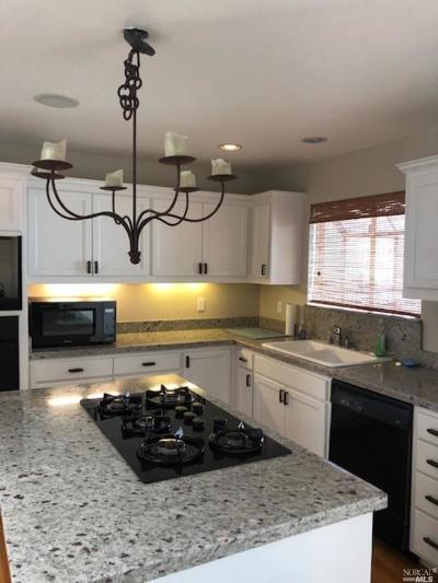 Santa Rosa Single Family Home For Sale: 1622 Austin Way