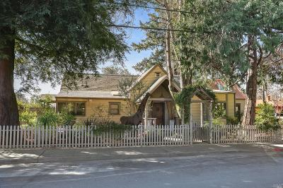 Healdsburg Single Family Home For Sale: 608 University Street