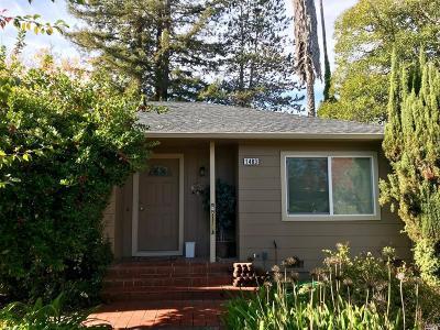 Santa Rosa Single Family Home For Sale: 1483 Peterson Lane