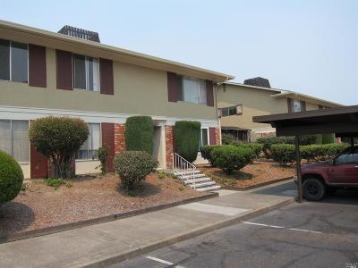 Santa Rosa Condo/Townhouse For Sale: 300 Stony Point Road #178