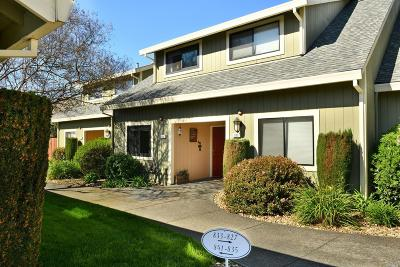 Sonoma Condo/Townhouse For Sale: 837 2nd Street West