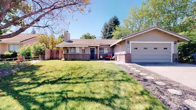 Winters Single Family Home For Sale: 402 Niemann Street