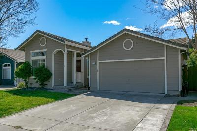 Vacaville Single Family Home For Sale: 242 San Leon Drive
