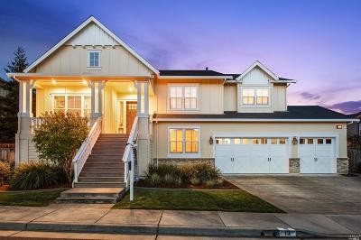 Petaluma Single Family Home For Sale: 13 Iverson Way