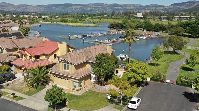 Napa Single Family Home For Sale: 2 Lighthouse Court