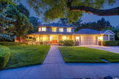 Petaluma Single Family Home For Sale: 1 Kingswood Drive