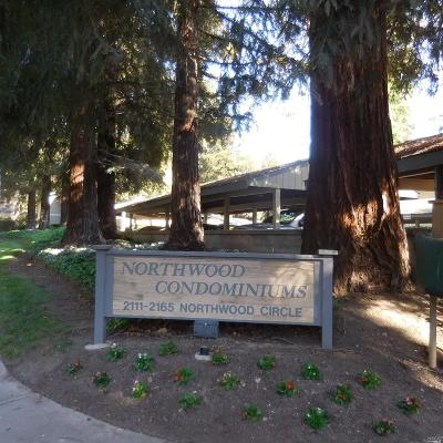 Contra Costa County Condo/Townhouse For Sale: 2155 Northwood Circle #G