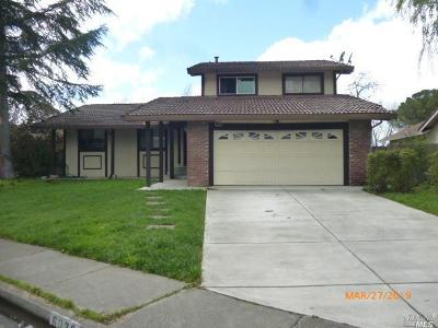 Rohnert Park Single Family Home For Sale: 6039 Dolores Drive