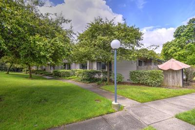 Santa Rosa Condo/Townhouse For Sale: 320 Gate Way