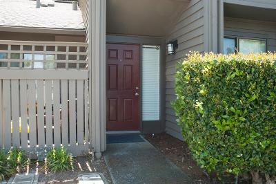 Condo/Townhouse For Sale: 12 W.harbor Drive #12