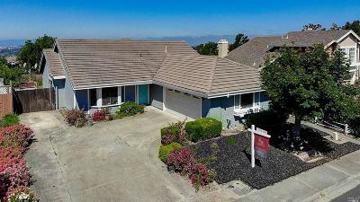 Vallejo Single Family Home For Sale: 51 Ramsgate Way