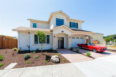 Santa Rosa Single Family Home For Sale: 1838 Bella Vista Way