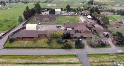 Sonoma Single Family Home For Sale: 201 Meadowlark Lane