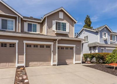 Suisun City Single Family Home Contingent-Show: 320 Flagstone Circle
