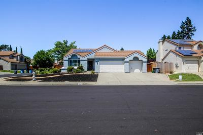 Vacaville Single Family Home For Sale: 868 Monaghan Circle