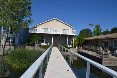 Lake County Single Family Home For Sale: 2686 Lakeshore Boulevard