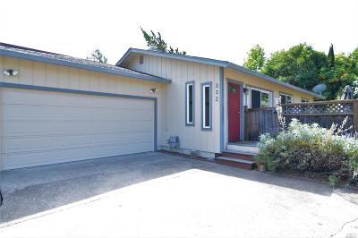Healdsburg Single Family Home For Sale: 332 March Avenue
