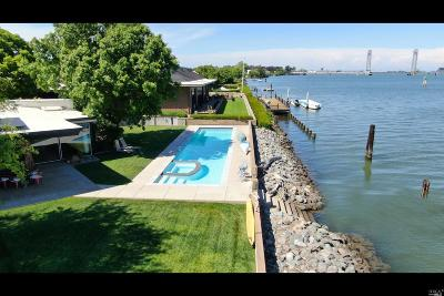 Solano County Single Family Home For Sale: 125 Edgewater Drive