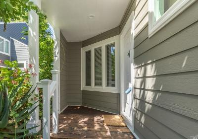 Healdsburg Single Family Home For Sale: 1337 Creekside Court