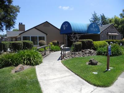 Rohnert Park Condo/Townhouse For Sale: 8201 Camino Colegio #82