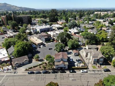 Santa Rosa CA Commercial For Sale: $1,500,000
