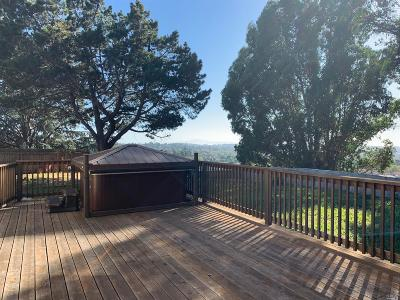 Vallejo Single Family Home Contingent-Show: 76 Garthe Court