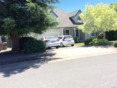Santa Rosa Single Family Home For Sale: 1964 Fountainview Circle
