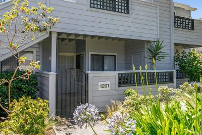 Vallejo Condo/Townhouse For Sale: 1201 Glen Cove Parkway #1201