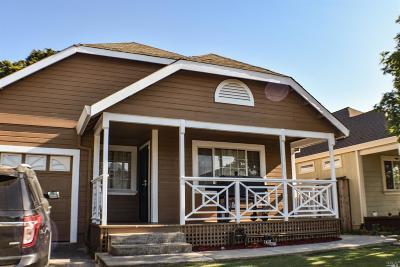 Santa Rosa Single Family Home For Sale: 1675 Wishing Well Way