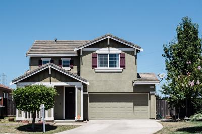 Vacaville Single Family Home For Sale: 653 Brazelton Circle
