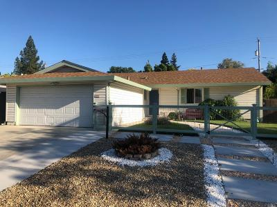 Fairfield Single Family Home For Sale: 297 Dahlia Street