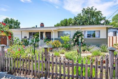 Santa Rosa Single Family Home For Sale: 2231 Whitewood Drive