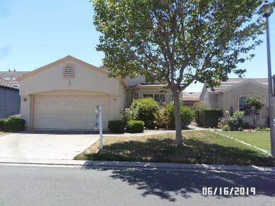 Rio Vista Single Family Home For Sale: 711 Cypress Drive