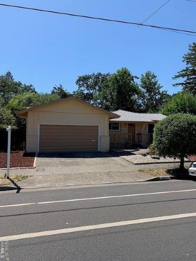 Santa Rosa Single Family Home For Sale: 2029 Mission Boulevard