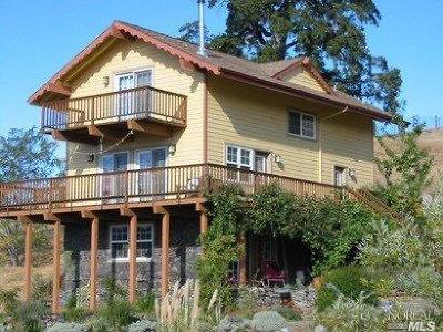 Mendocino County Single Family Home Contingent-Show: 34320 Mendocino Pass Road