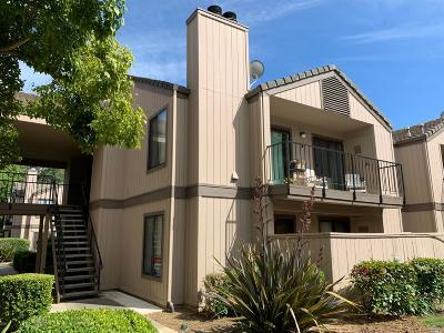 Vacaville Condo/Townhouse For Sale: 1801 Marshall Road #409