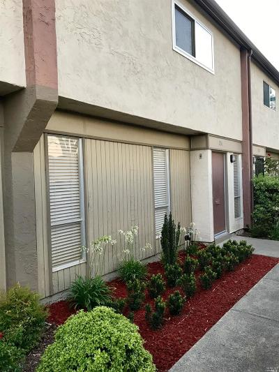 Fairfield Condo/Townhouse Contingent-Show: 234 Del Loma Court